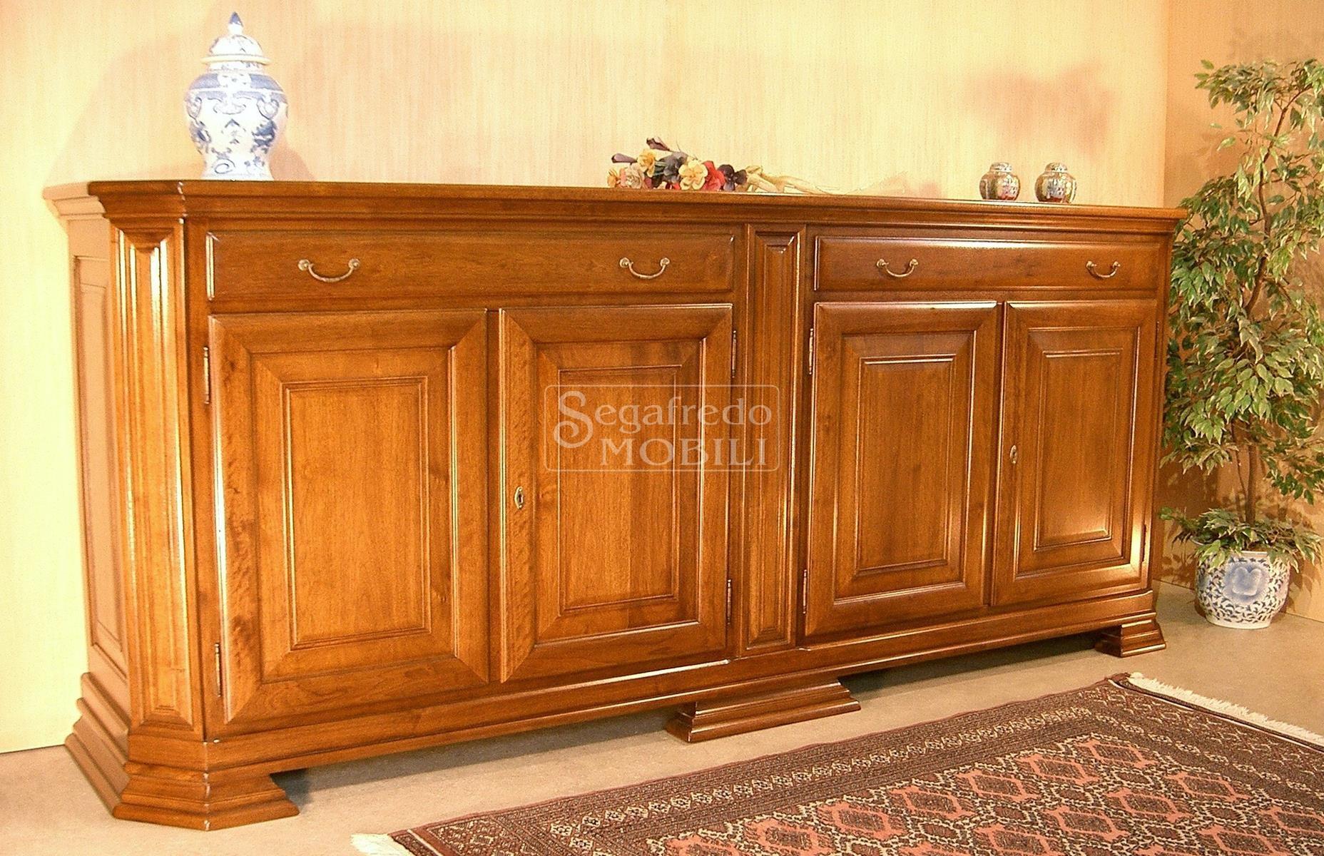 Credenza Bombata Moderna : Credenza in legno massello a ante con cassettoni mobilificio